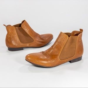 Chinese Laundry Britt Bootie Ankle Boot Cognac